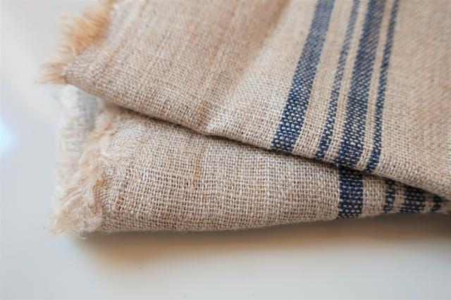 繊維が空洞になっており吸収性が高いリネン繊維