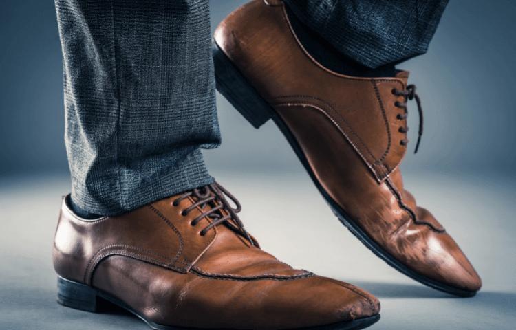 革靴が足臭い原因のアイキャッチ画像